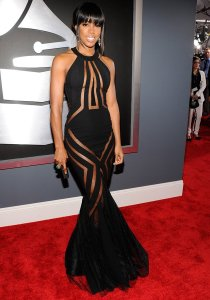 Kelly Rowland in Georges Chakra