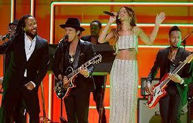 Rihanna 'stirs it up' with Bruno Mars, Damian & Ziggy Marley and Sting